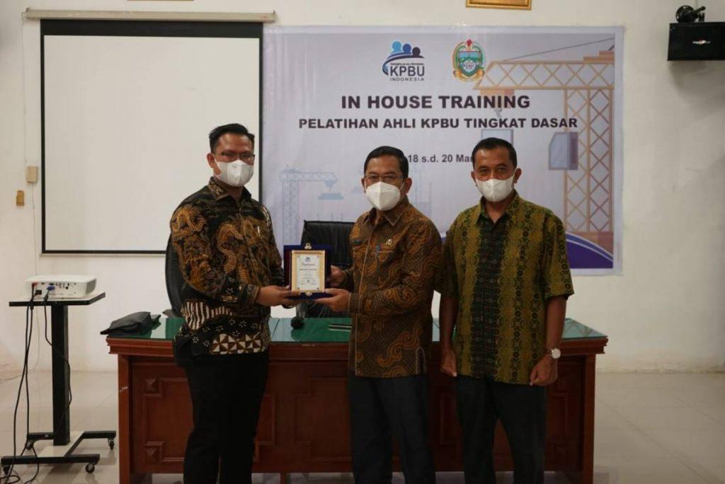 Pelaksanaan In House Training Ahli KPBU bagi Pemerintah Provinsi Sumatera Utara